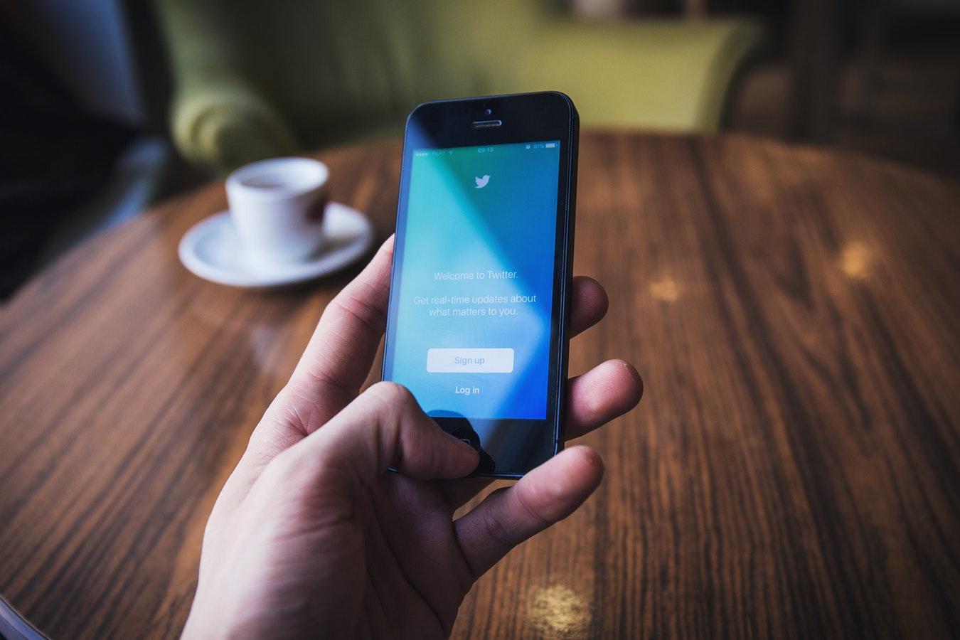 Réseaux sociaux et entreprise : Twitter